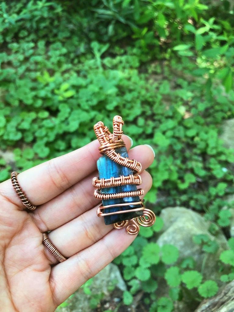 Magic Weaver Labradorite Pendant